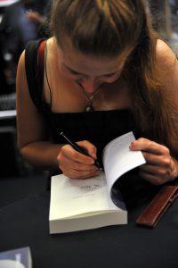 cathinca van sprundel boekpresentatie de vrouwe van myrdin